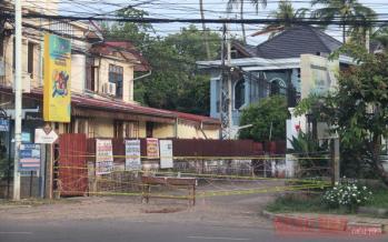 Các khu vực đỏ, nơi phát hiện ca nhiễm Covid-19 tại Thủ đô Vientiane bị nghiêm cấm ra vào.