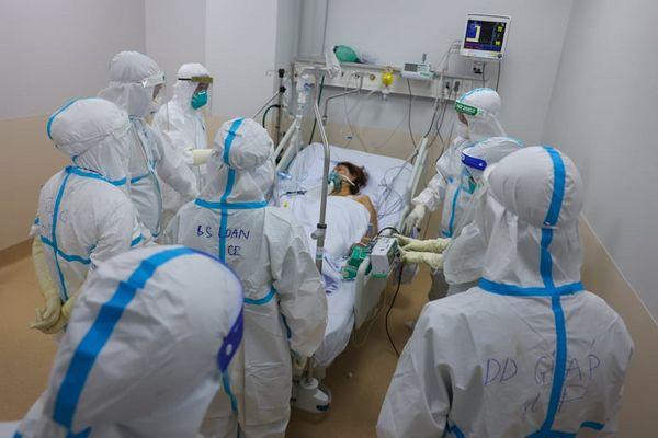 Bệnh viện Hồi sức tích cực Covid-19 TP Hồ Chí Minh là tuyến cao nhất điều trị các trường hợp nặng, nguy kịch.
